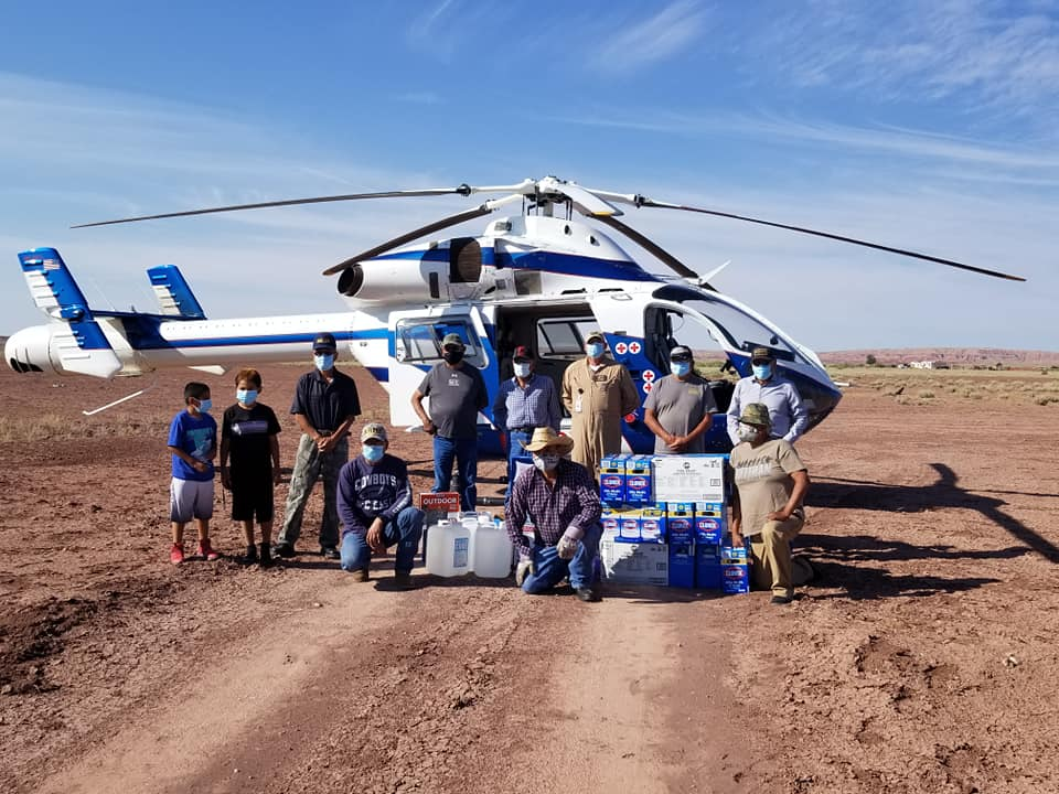 Navajo Vets Pose with MD Helo